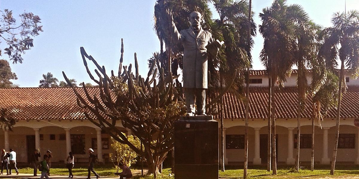 La universidad cumple 140 años haciendo historia