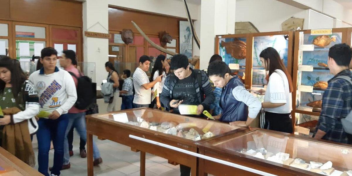 Acto de presentación de la Directora del Museo de Historia Natural Noel Kempff Mercado